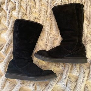Black Zipper Uggs